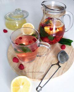 чай с малиновыми листьями